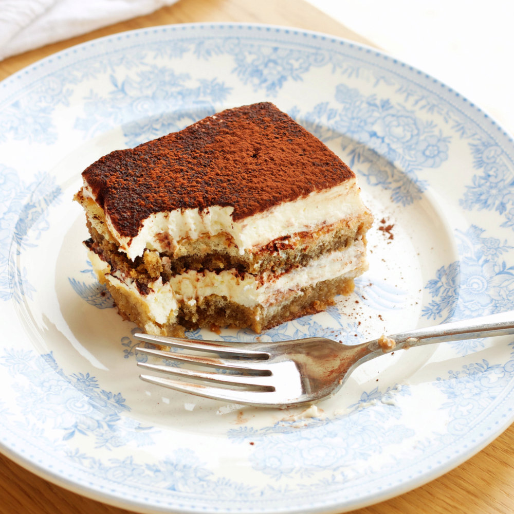 No Bake Tiramisu Icebox Cake