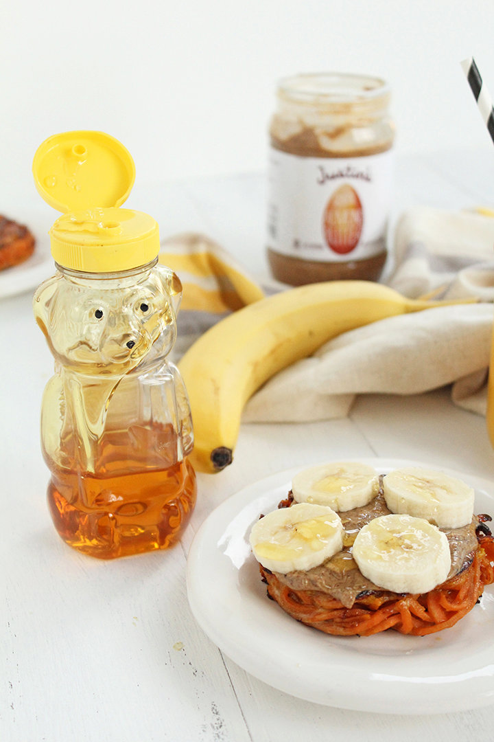 Inspiralized Breakfast Cinnamon Bun with Justin's Almond Butter, Banana & Honey + A Giveaway!